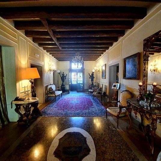 Relais Alberti Lido Venice - Fourteenth Century Venetian Hotel (6)
