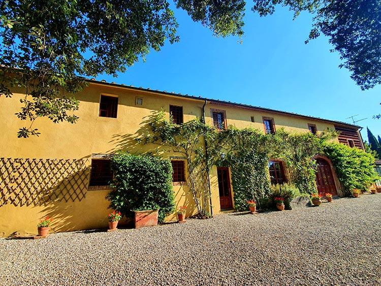 Fattoria mansi Bernardini Lucca Italy