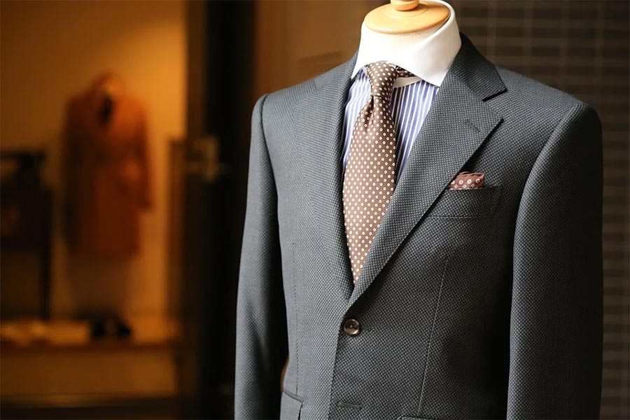 what to look for in a men's tailor