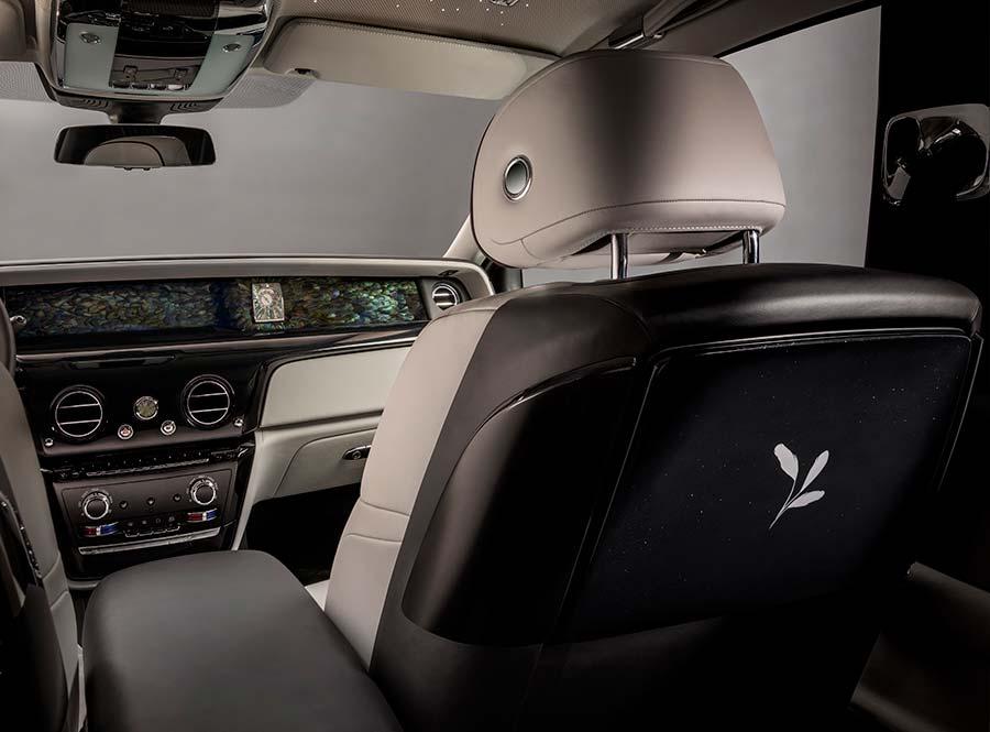 Rolls-Royce Phantom Iridescent Opulence Silver Inlay Picnic Tables