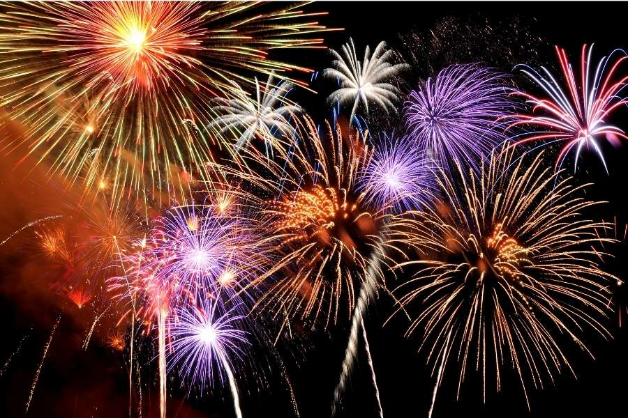 Don't Be a Fireworks Jerk – Set Off Fireworks Without Making Neighbors Mad