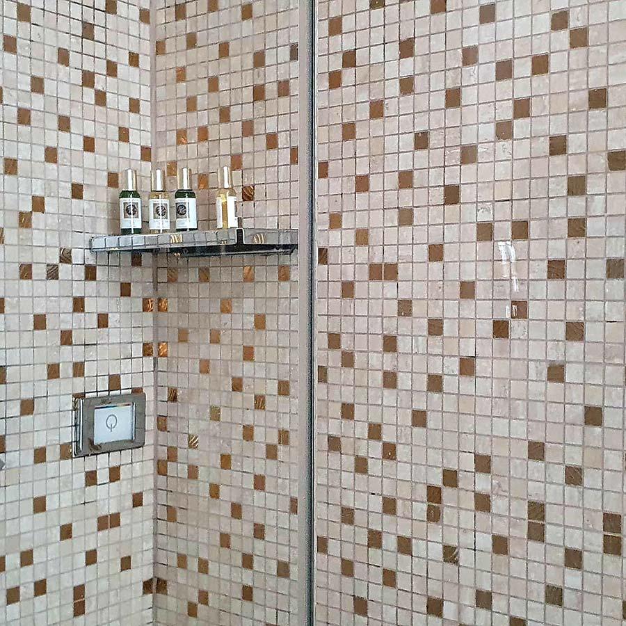 Shower gold tiles