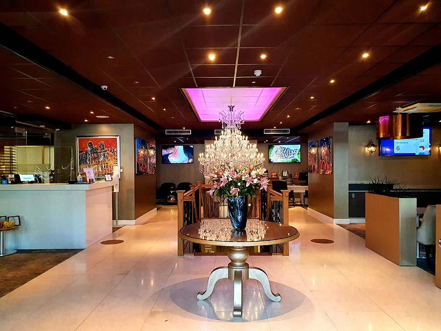 reception Luxury-Suites-Amsterdam.jpg-1