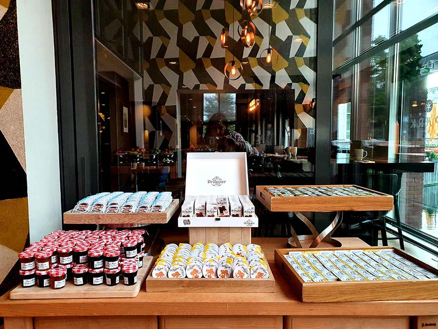 Hilton The Hague Breakfast Pearl Bar (4)