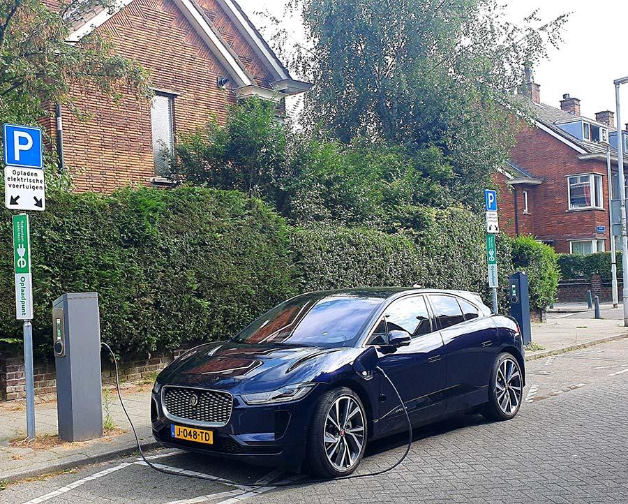 Krallingen Holland Rotterdam IPACE charging station