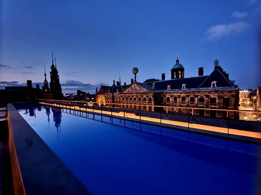 Wlounge WExchange hotel Amsterdam rooftop pool