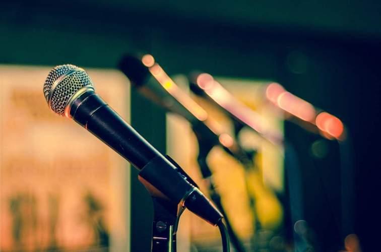 mic, microphone, sound check