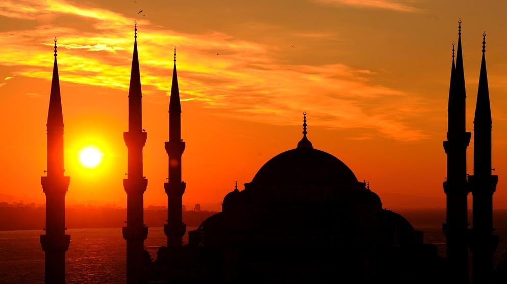 Kita Beruntung Menjadi Umat Islam