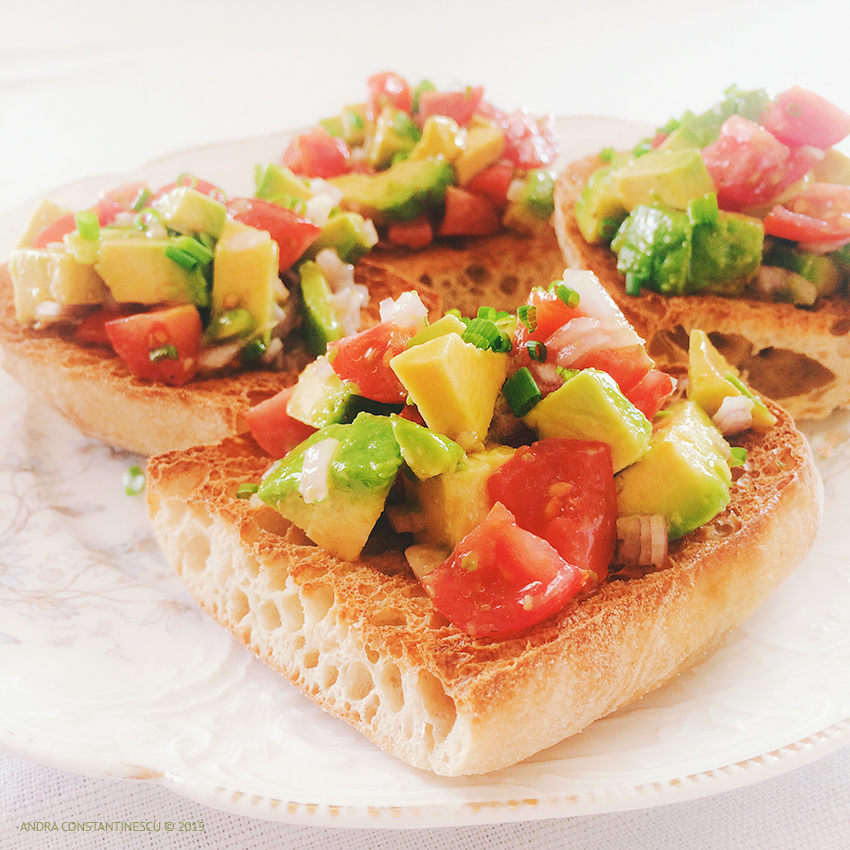 reteta avocado on toast