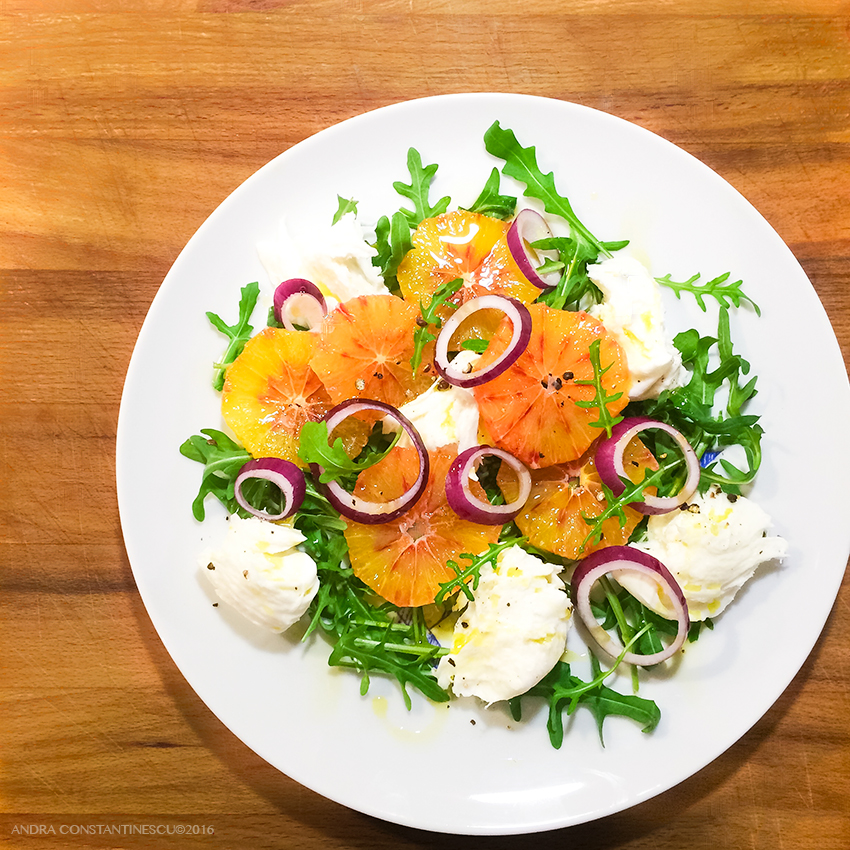 reteta-salata-de-portocale-rosii-cu-mozzarella