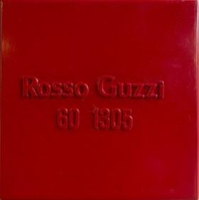 Alighiero Boetti Rosso Guzzi, 1971. Pittura industriale su metallo, 25x25 cm Courtesy Gian Enzo Sperone © Alighiero Boetti by SIAE 2018
