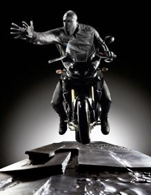 Giuliano Vangi Veio, 2010. Scultura in bronzo, 182x145x1130 cm Studio Copernico, Milano © Giovanni Ricci Novara, Parigi