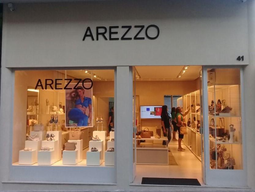 0bdf6bb87 Arezzo&Co aposta em novo formato de loja para cidades de até 250 mil  habitantes