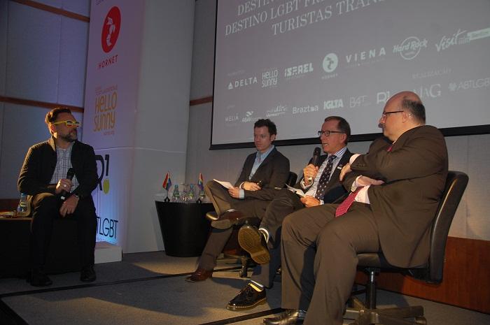 Os palestrantes puderam expor as campanhas e ações feitas pelos destinos para acolherem o público LGBT