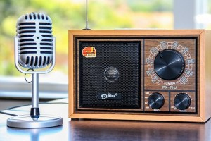 Uno de cada dos peruanos confía en la radio para mantenerse informado