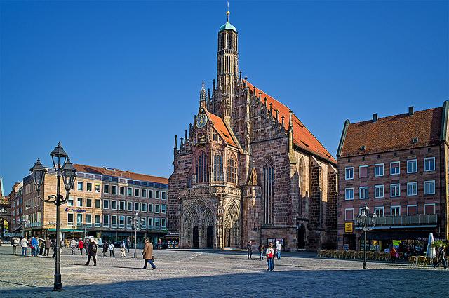 la storica piazza del mercato Hauptmarkt
