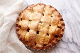 Apple Cross Pie