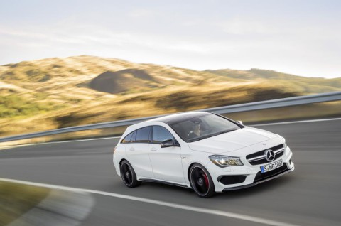 Nuova_CLA_45_AMG_Shooting_Brake_Mercedes-Benz_(6)