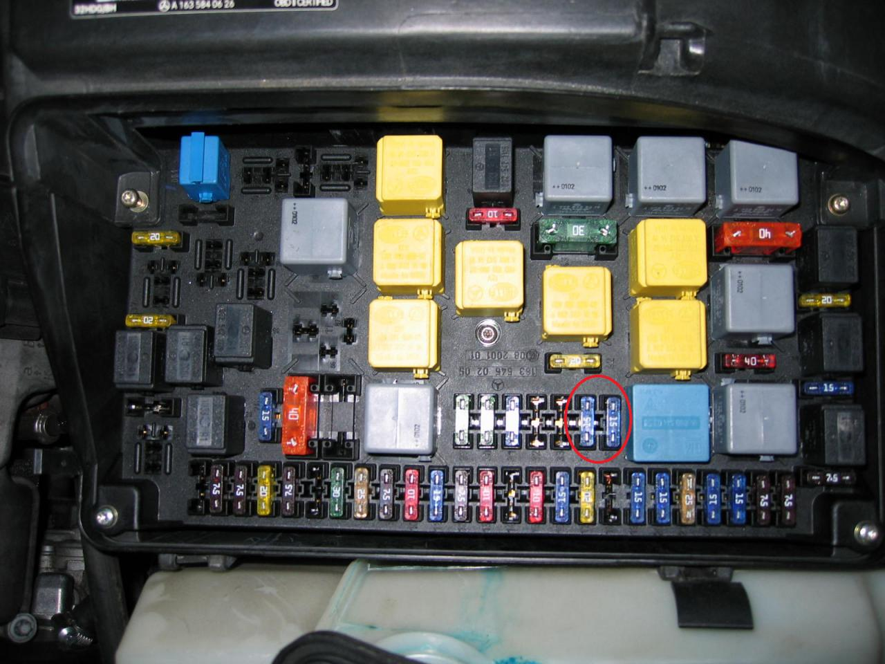 hight resolution of 00 s500 fuse box location