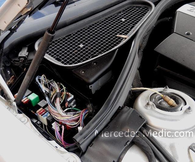 Mercedes E320 Fuse Box Diagram In Addition 2000 Mercedes S500 Fuse Box