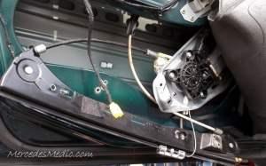 C CLK E Class DIY Change front window regulator & power window motor Repair Help – MB Medic