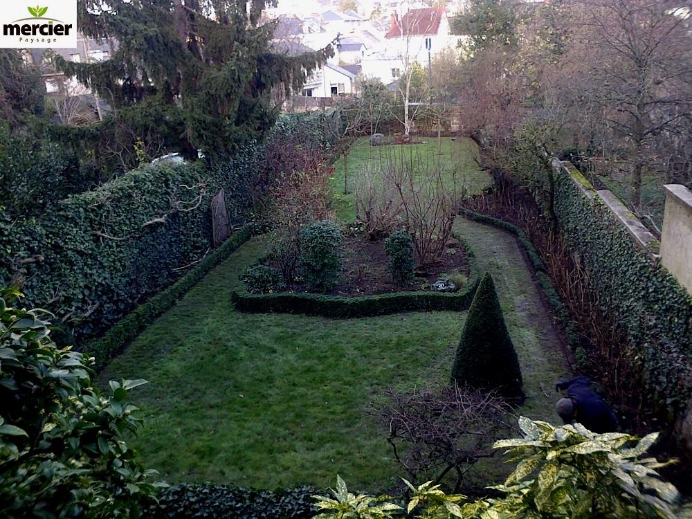 Entretien du jardin mercier paysage paysagiste for Emploi entretien jardin