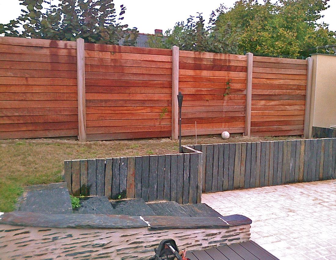Am nagement et plantations en bordure de piscine mercier for Bordure de piscine en bois