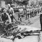 Japanese troops in Manchuria surrender to Russians