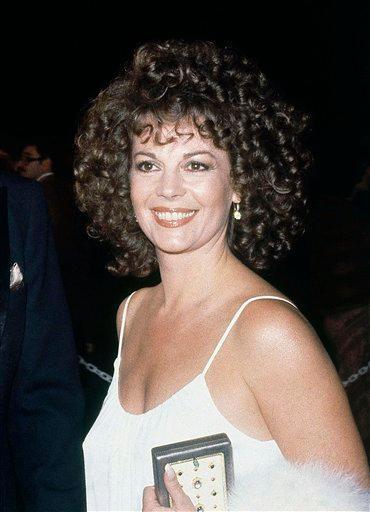 La actriz Natalie Wood llega a la ceremonia de los premios Oscar en Los Angeles, el 9 de abril de 1979. Las autoridades de Los Angeles reabrieron el caso de su muerte por ahogamiento tras haber recibido nueva información, anunciaron funcionarios el jueves 17 de noviembre del 2011.