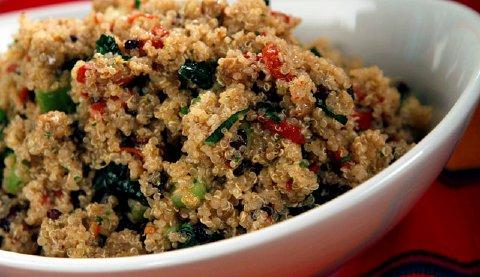 Kale and Quinoa Salad from Gayle's in Capitola, near Santa Cruz, makes for a great summer dish. (Glenn Koenig/Los Angeles/MCT)