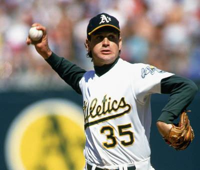 1991: Bob Welch #35 of the Oakland Athletics pulls back for the pitch against the Boston Red Sox during a game in the 1991 season. Bob Welch played for the Oakland Athletics from 1988 to 1994. (Photo by Otto Greule Jr/Getty Images)