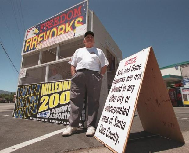 Selling 'safe and sane' fireworks in Gilroy. (Mercury News archives)