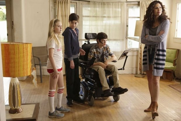 Kyla Kennedy, Mason Cook, Micah Fowler and Minnie Driver star 'Speechless.' (ABC)