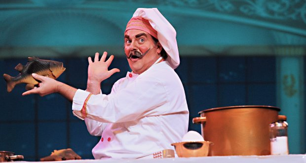 "Joyce Goldschmid / Palo Alto Players Joey McDaniel as Chef Louis sings about ""Les Poissons"" in ""Disney's 'The Little Mermaid.'"" The show runs at Palo Alto Players, Sept. 16 through Oct. 2, 2016."
