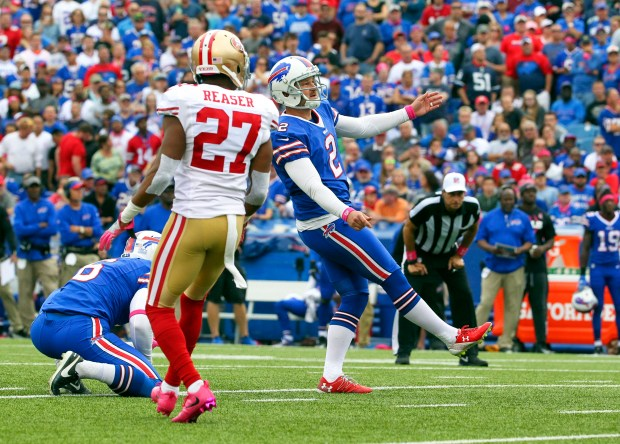Buffalo Bills kicker Dan Carpenter (2) boots a field goal during the first half of an NFL football game against the San Francisco 49ers, Sunday, Oct. 16, 2016, in Orchard Park, N.Y. (AP Photo/Bill Wippert)