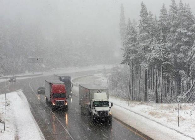 Californias Sierra Nevada sees snowfall