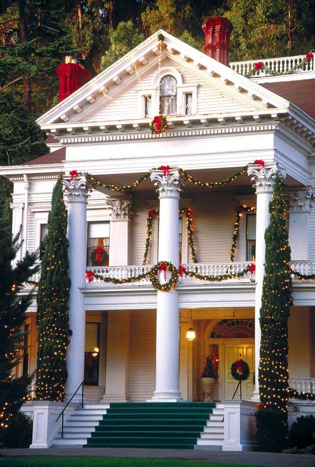 Dunsmuir Mansion