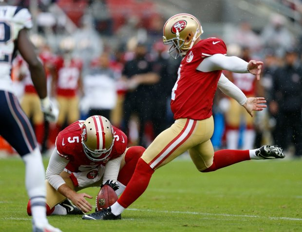 San Francisco 49ers' Phil Dawson (4) kicks this 400th career field goal against the New England Patriots in the first quarter of their NFL game at Levi's Stadium in Santa Clara, Calif., on Sunday, Nov. 20, 2016. (Nhat V. Meyer/Bay Area News Group)