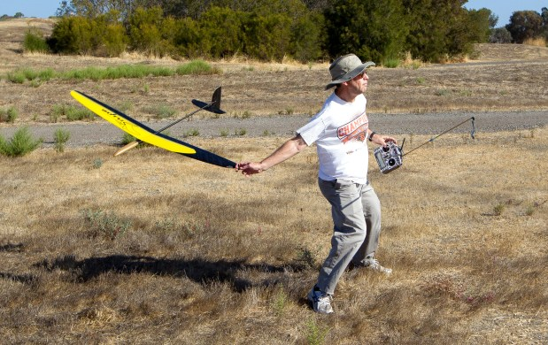 Mitch Brenner, of San Bruno, flies a glider at Bedwell Bayfront Park in Menlo Park on Oct. 3, 2015. (Norbert von der Groeben / Daily News)
