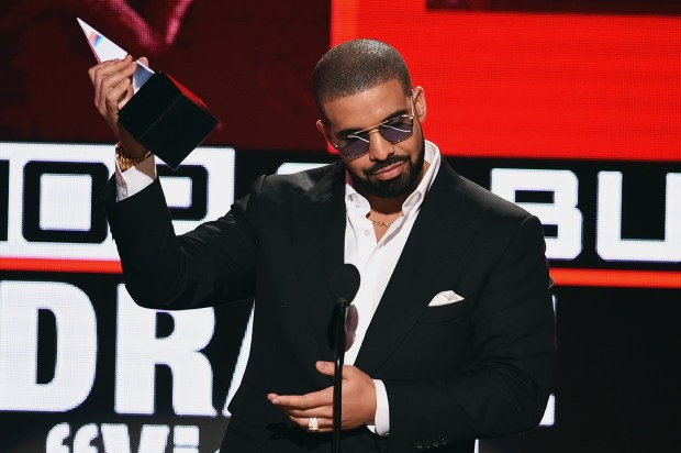 LOS ANGELES, CA - NOVEMBER 20: Rapper Drake accepts Favorite Rap/Hip-Hop Album for 'Views' onstage during the 2016 American Music Awards at Microsoft Theater on November 20, 2016 in Los Angeles, California. (Photo by Kevin Winter/Getty Images)