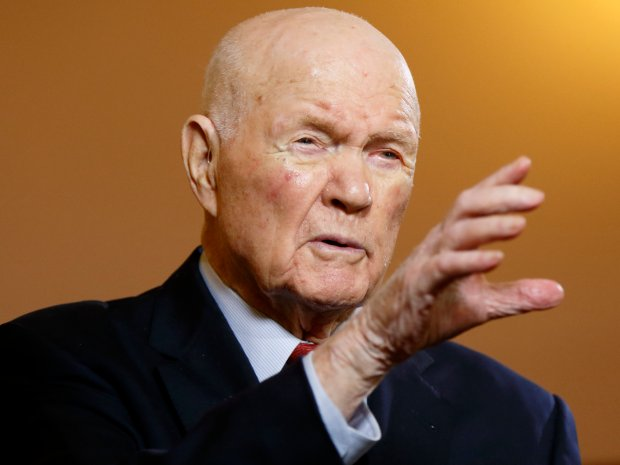 Former U.S. senator and astronaut John Glenn, 2015. (AP Photo/Paul Vernon, File)