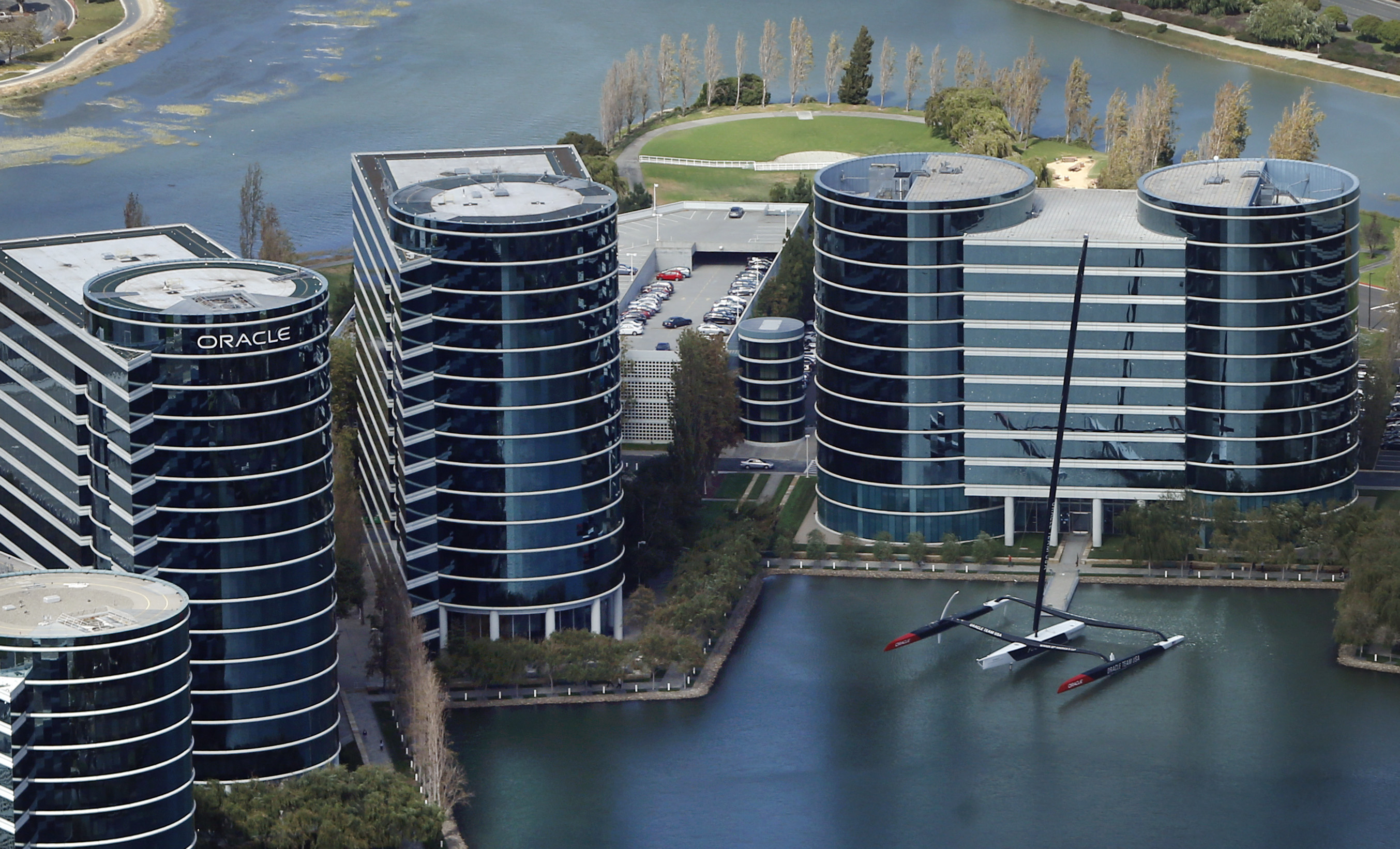 Oracle Paid White Men More Than Women, Blacks, Asians: Labor Department  Lawsuit