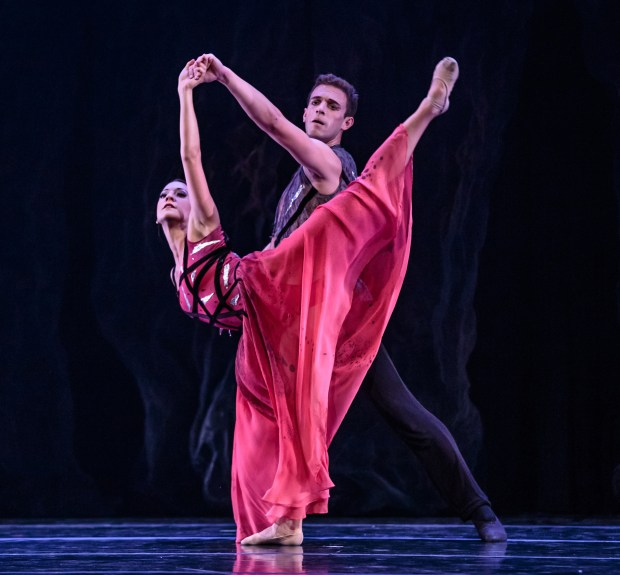 """Smuin dancers Erica Chipp and Robert Kretz in Michael Smuin's """"Stabat Mater,"""" presented as part of Smuin's Dance Series 01, with performances in Mountain View and Carmel March 2-25, 2017. (Chris Hardy / Smuin)"""