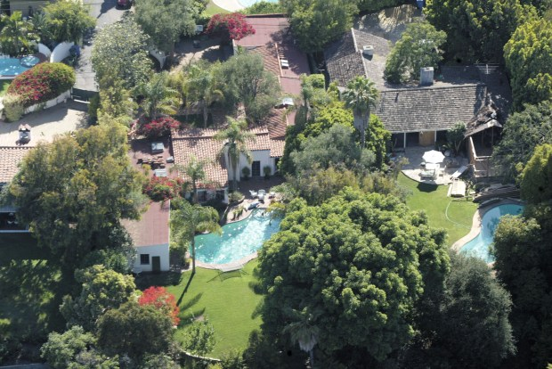 "BRENTWOOD, CA - JULY 26: (MARILYN MONROE FEATURE) An aerial view of the house where actress Marilyn Monroe died is seen on July 26, 2002 in Brentwood, California. This year marks the 40th anniversary of Monroe's death. The actress, famous for such films as ""The Seven Year Itch"" and ""Some Like It Hot,"" was found dead on August 5, 1962 in her Brentwood, California home of a drug overdose. (Photo by Mel Bouzad/Getty Images)"