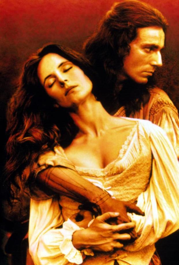 THE LAST OF THE MOHICANS, Madeleine Stowe, Daniel Day-Lewis, 1992, TM & Copyright (c) 20th Century Fox film Corp. All rights reserved.