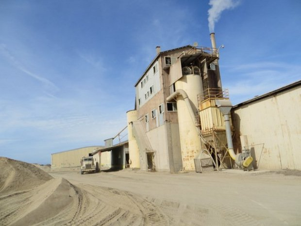 The CEMEX sand mine in Marina, which has operated since 1906, and whichscientists have blamed for beach erosion along Monterey Bay, will shut down in 2020, under a settlement with state regulators announced June 27, 2017. (Photo: California Coastal Commission)