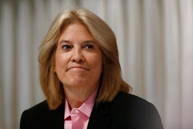 """FILE - This June 19, 2013 file photo shows Greta Van Susteren at the National Press Club in Washington. On Thursday, June 29, 2017, Van Susteren tweeted, """"I am out at MSNBC."""" The network confirmed it, and said she will be replaced at the 6 p.m. hour by a show hosted by Ari Melber.Van Susteren started her nightly show on MSNBC on Jan. 9, 2017. She was a longtime host at Fox News Channel, but left the network in the summer of 2016. She's had the cable news hat trick: programs on CNN, Fox News and MSNBC. (AP Photo/Charles Dharapak, File)"""
