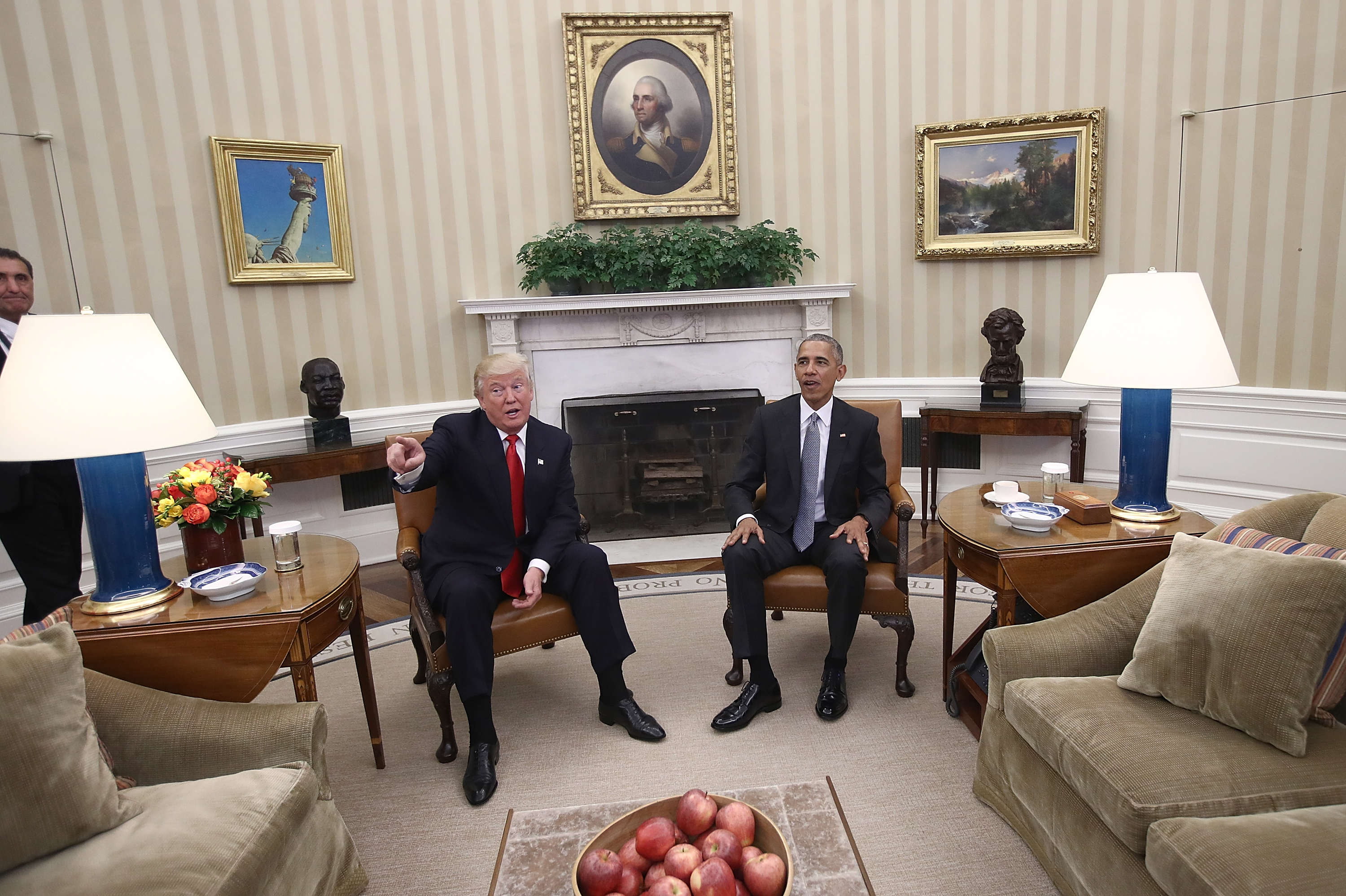 oval office chair folding lucite chairs trump or obama who decorated the better