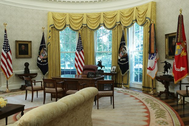WASHINGTON, DC - AUGUST 22: The Oval Office of the White House is seen after renovations including new wallpaper August 22, 2017 in Washington, DC. The White House has undergone a major renovation with an upgrade of the HVAC system at the West Wing, the South Portico steps, the Navy mess kitchen, and the lower lobby. (Photo by Alex Wong/Getty Images)