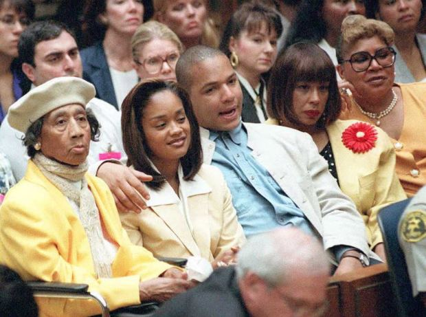 LOS ANGELES, CA - JULY 10: O.J. Simpson family members sit in court during a brief hearing 10 July prior to the defense calling its first witness in the O.J. Simpson double-murder trial. From L to R are: Eunice Simpson (mother), Arnelle (daughter), Jason (son), Marguerite Simpson Thomas (ex-wife) and Carmelita Durio (sister). AFP PHOTO (Photo credit should read POO/AFP/Getty Images)